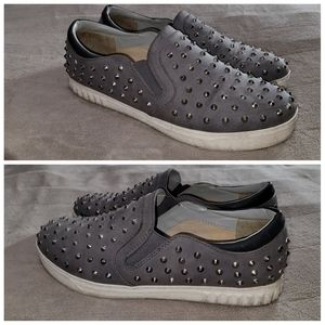 Circus by Sam Edelman Grey with Spikes Flats